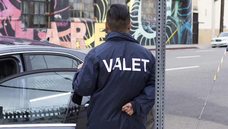 A 10-Point Checklist for Vetting a Car Valet Service in Los Angeles